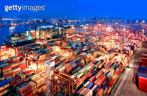 Hong Kong Container Terminal - gettyimageskorea
