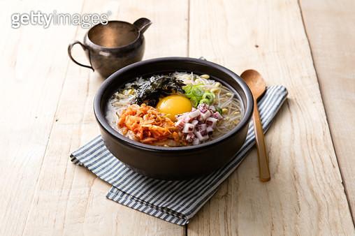 오징어김치콩나물국밥 - gettyimageskorea