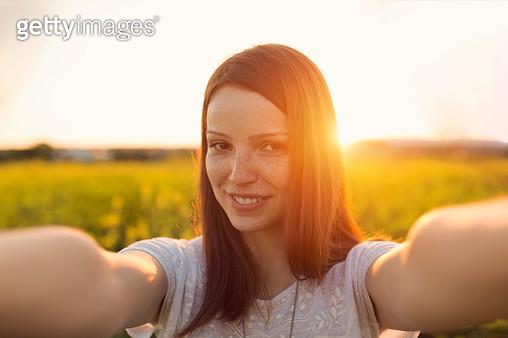 Sunset selfie - gettyimageskorea