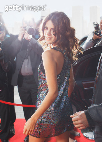Celebrity walking on red carpet - gettyimageskorea
