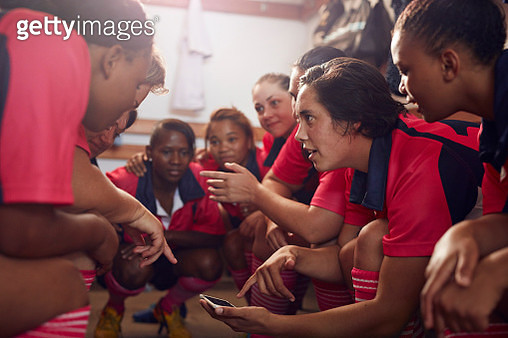 Womens amatuer rugby team getting ready before game - gettyimageskorea