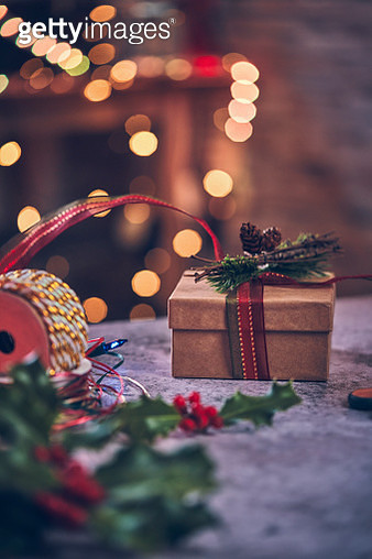 Wrapping and Decorating Christmas Presents - gettyimageskorea