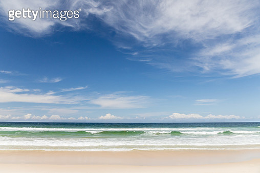 Seven Mile Beach in Australia - gettyimageskorea