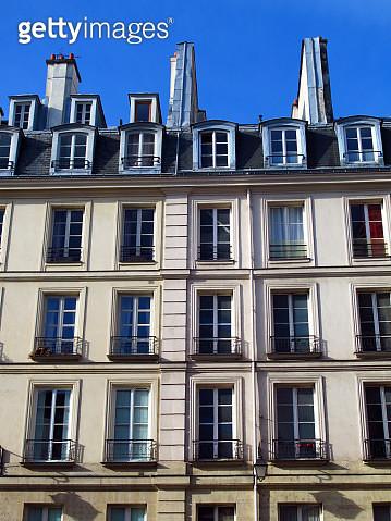 Facade of a modern Parisian building apartments - gettyimageskorea
