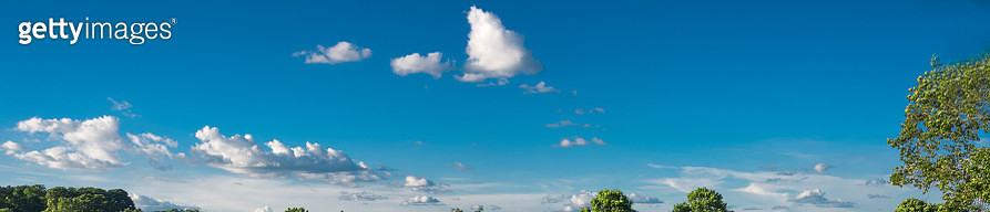 Scenic View of Blue Sky and Clouds - Copy Space - gettyimageskorea