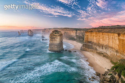 Sunset at the famous Twelve Apostles, Great Ocean Road, Victoria, Australia. Nikon D810. Converted from RAW. - gettyimageskorea