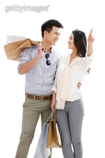 Young couples shopping - gettyimageskorea