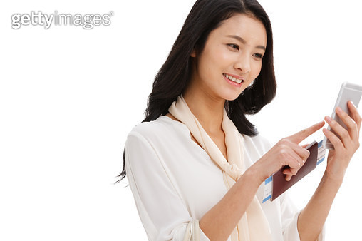 A beautiful young woman to travel - gettyimageskorea