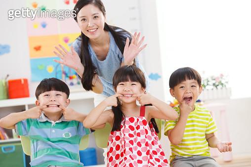 The children in the kindergarten in a grimace - gettyimageskorea