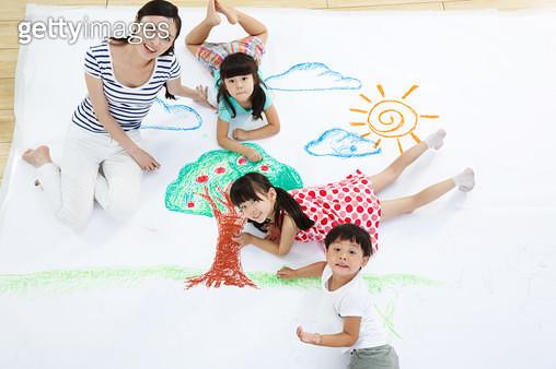 The kindergarten and teachers in the paint - gettyimageskorea