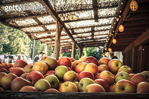 Apple Market in Coombs BC Canada - gettyimageskorea