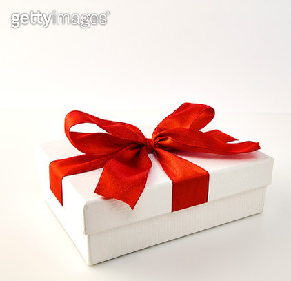 Close-Up Of Gift Box Against White Background - gettyimageskorea