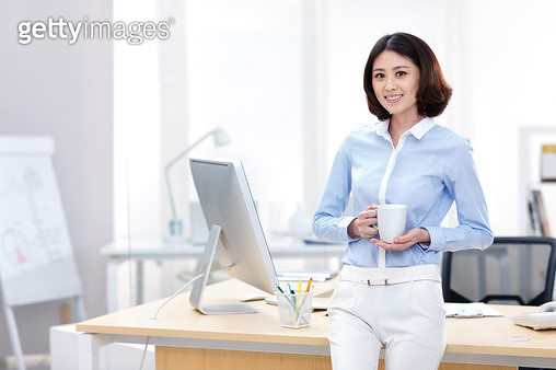Young business women portraits - gettyimageskorea