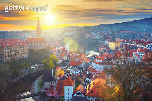 Cesky Krumlov in Czech Republic at sunrise - gettyimageskorea