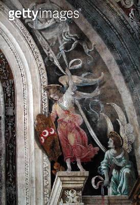 <b>Title</b> : Two angels, detail from right side of the east wall in Strozzi Chapel, c.1457-1502 (fresco)<br><b>Medium</b> : fresco<br><b>Location</b> : Santa Maria Novella, Florence, Italy<br> - gettyimageskorea