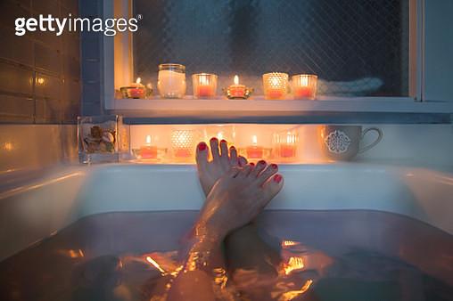 Feet in bath - gettyimageskorea