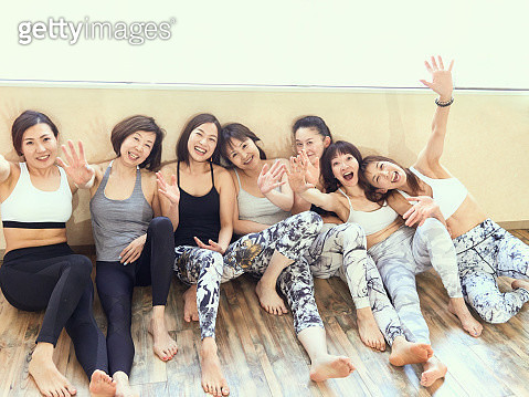 A Japanese woman having a good time with a friend. - gettyimageskorea
