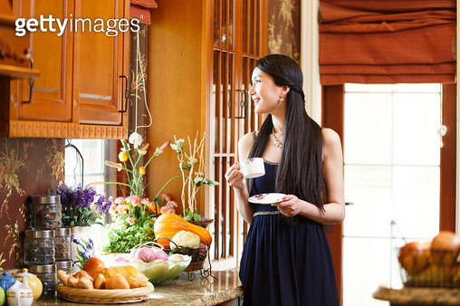 The elegant Oriental young woman - gettyimageskorea