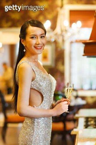 The elegant Oriental woman - gettyimageskorea