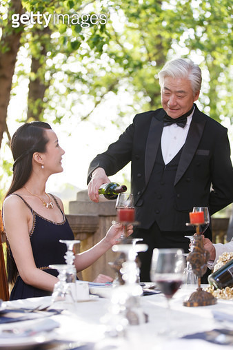 Senior butler in the wine - gettyimageskorea