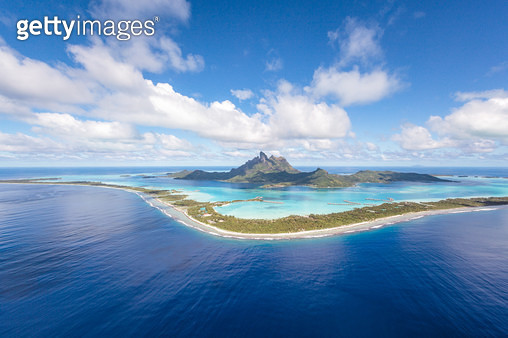 Aerial view of the island of Bora Bora, French Polynesia - gettyimageskorea