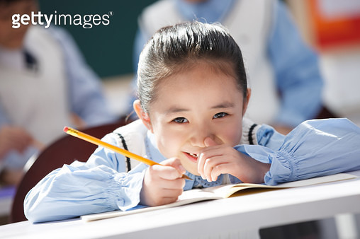 Students do homework in the classroom - gettyimageskorea