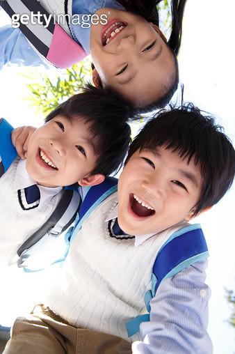 Happy happy pupils - gettyimageskorea