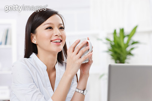 Youth business women to drink water - gettyimageskorea