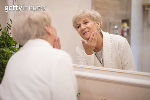 Everyday beauty routine is very important. Debica, Poland - gettyimageskorea