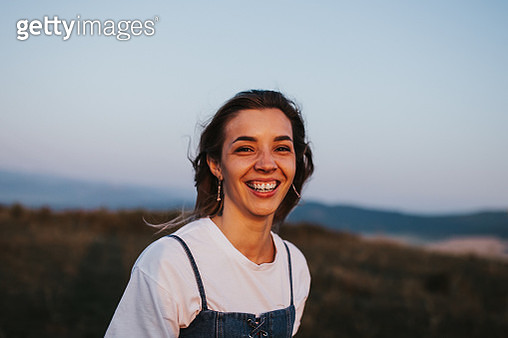 beautiful sunny portrait of a girl - gettyimageskorea