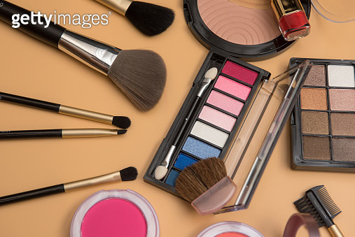 Professional makeup brushes and tools, make-up products set - gettyimageskorea