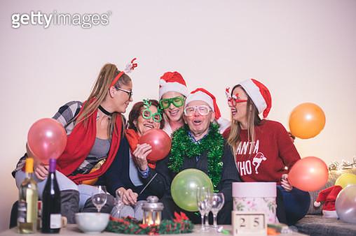 Family celebrating Christmas - gettyimageskorea