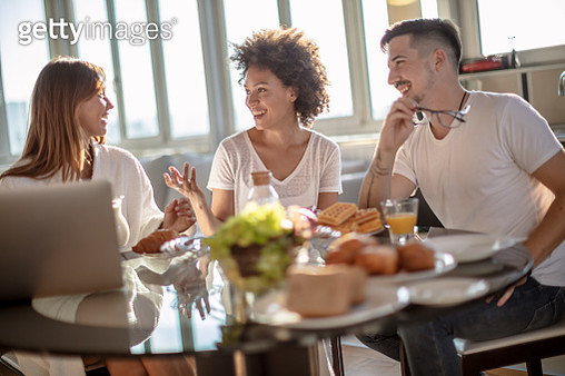 Breakfast with my frieds - gettyimageskorea