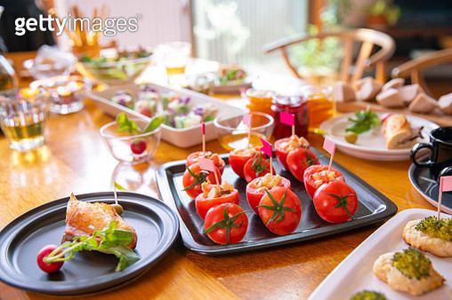 Time for lunch party! - gettyimageskorea