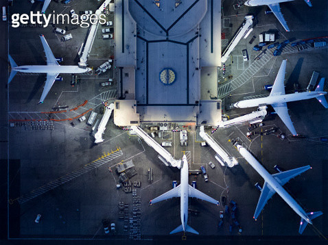 Airliners at  gates and Control Tower at LAX - gettyimageskorea