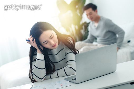 Young women to use a computer at home - gettyimageskorea