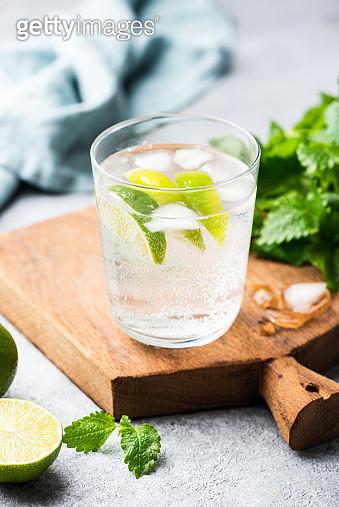 Alcohol Free Sparkling Mojito - gettyimageskorea