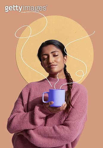 woman smelling coffee - gettyimageskorea