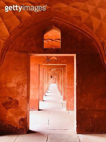 Arched hallway at Taj Mahal - gettyimageskorea