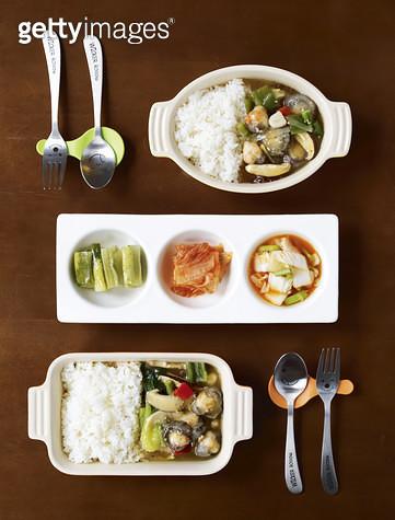 한국음식,덮밥,김치 - gettyimageskorea