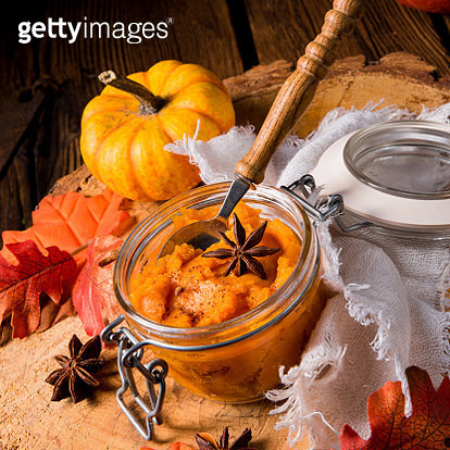 Opened jar of pumpkin puree with anise star - gettyimageskorea