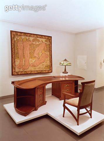 <b>Title</b> : The Jugendstil Room (photo)Additional Infocentre of German Art Nouveau; possibly by Henry Van de Velde;<br><b>Medium</b> : <br><b>Location</b> : Hessisches Landesmuseum, Darmstadt, Germany<br> - gettyimageskorea