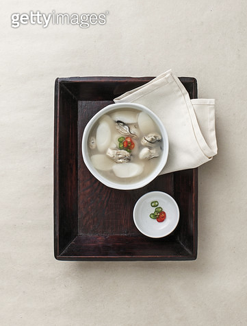 한국음식,굴떡국,채소 - gettyimageskorea