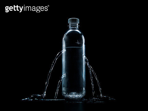 plastic water bottle with bullet holes - gettyimageskorea