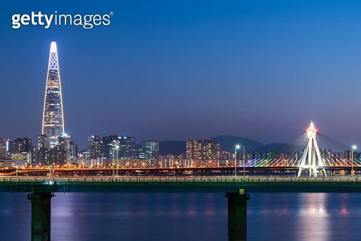 올림픽대교 야경, 대한민국 서울시 - gettyimageskorea