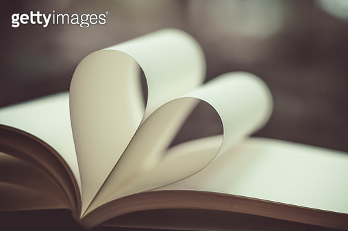 Close-Up Of Heart Shape Folded Book Pages - gettyimageskorea