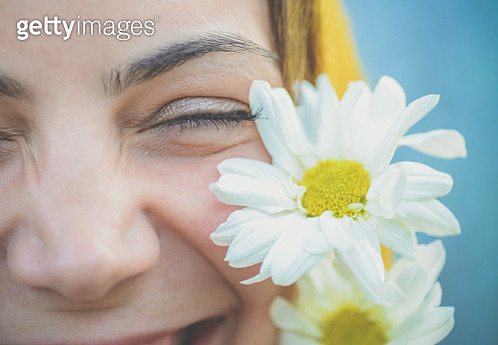 Just the eyes, head covering, young woman - gettyimageskorea