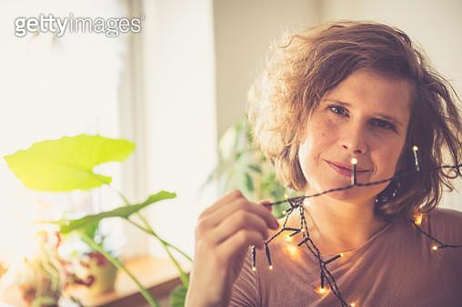 Curly Brown Woman Portrait - gettyimageskorea