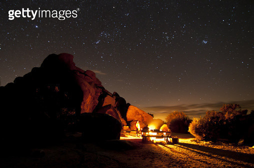 Winter night in Joshua Tree National Park - gettyimageskorea