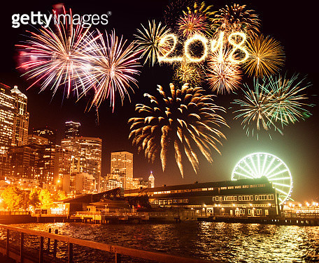 seattle skyline for the new year's eve - gettyimageskorea